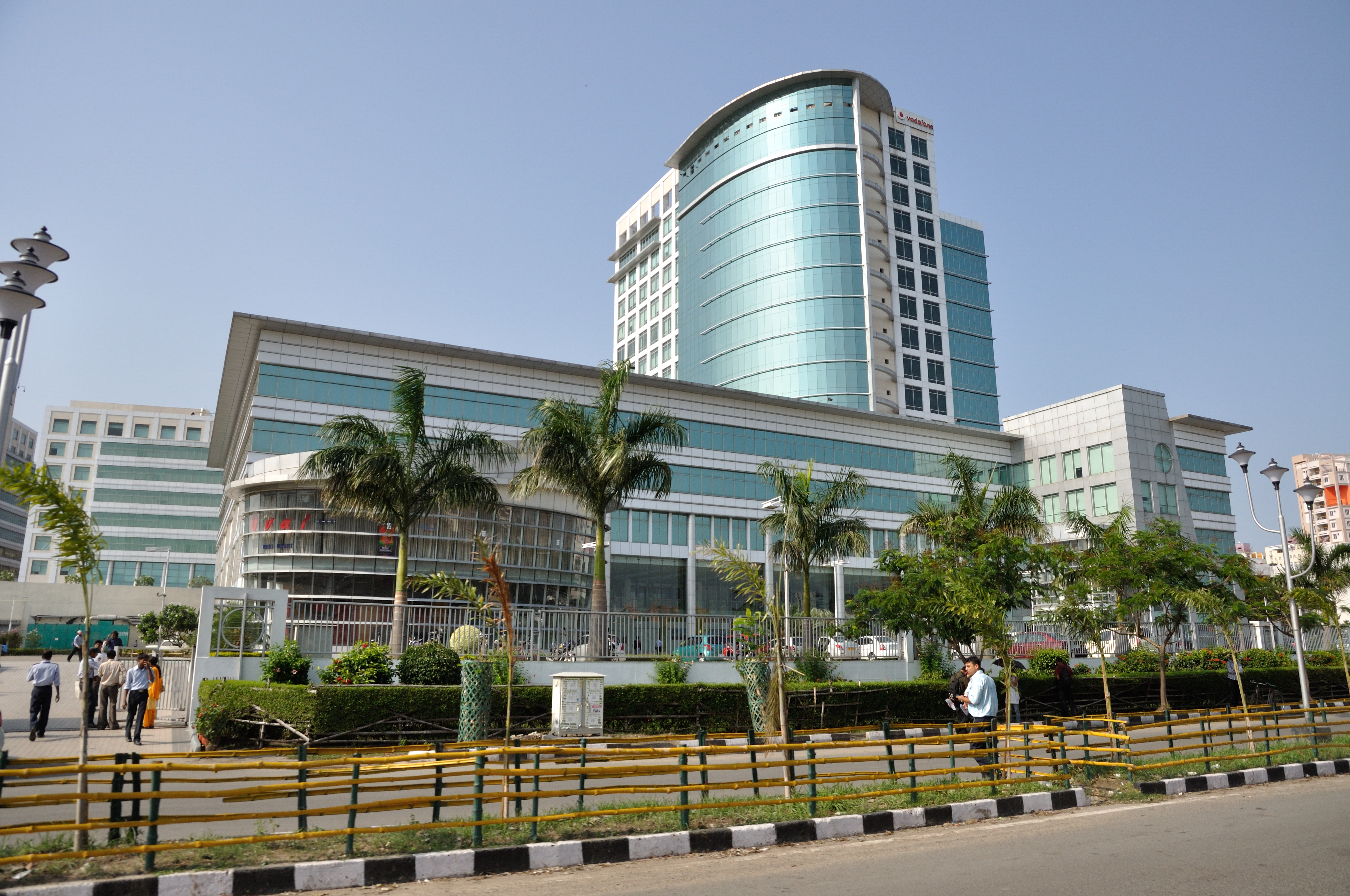 Description dlf it park rajarhat 2012 04 11 9380 jpg