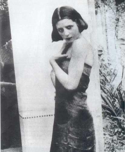 Ficheiro:Eva Perón - 15 años.jpg