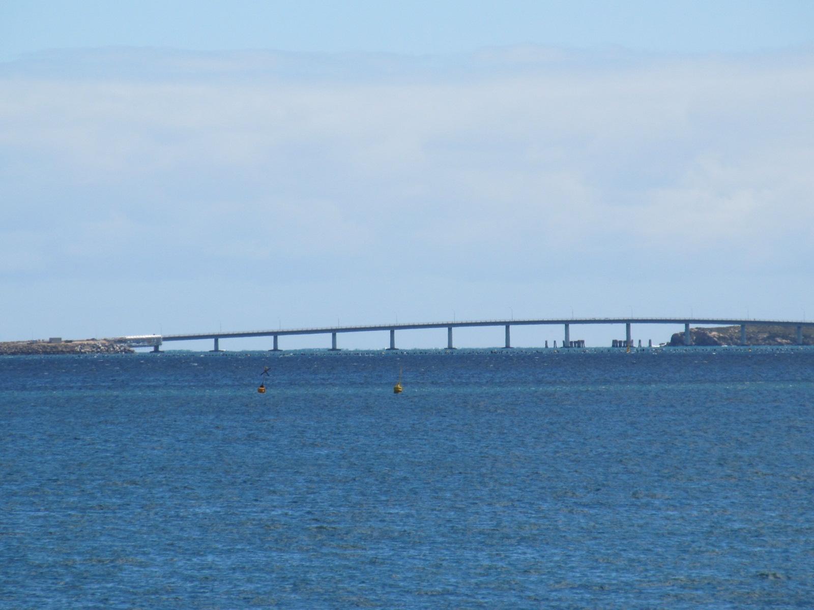File Garden Island Causeway From Kwinana Beach Jpg Wikimedia Commons