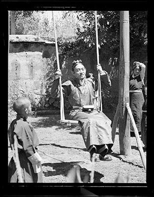 Image of Dundul Namgyal Tsarong from Wikidata