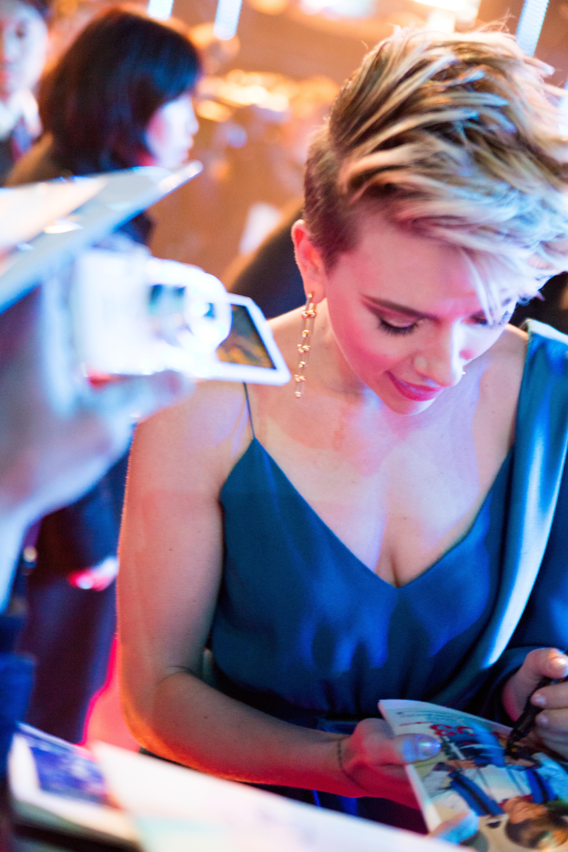 File Ghost In The Shell World Premiere Red Carpet Scarlett Johansson 37404876041 Jpg Wikimedia Commons