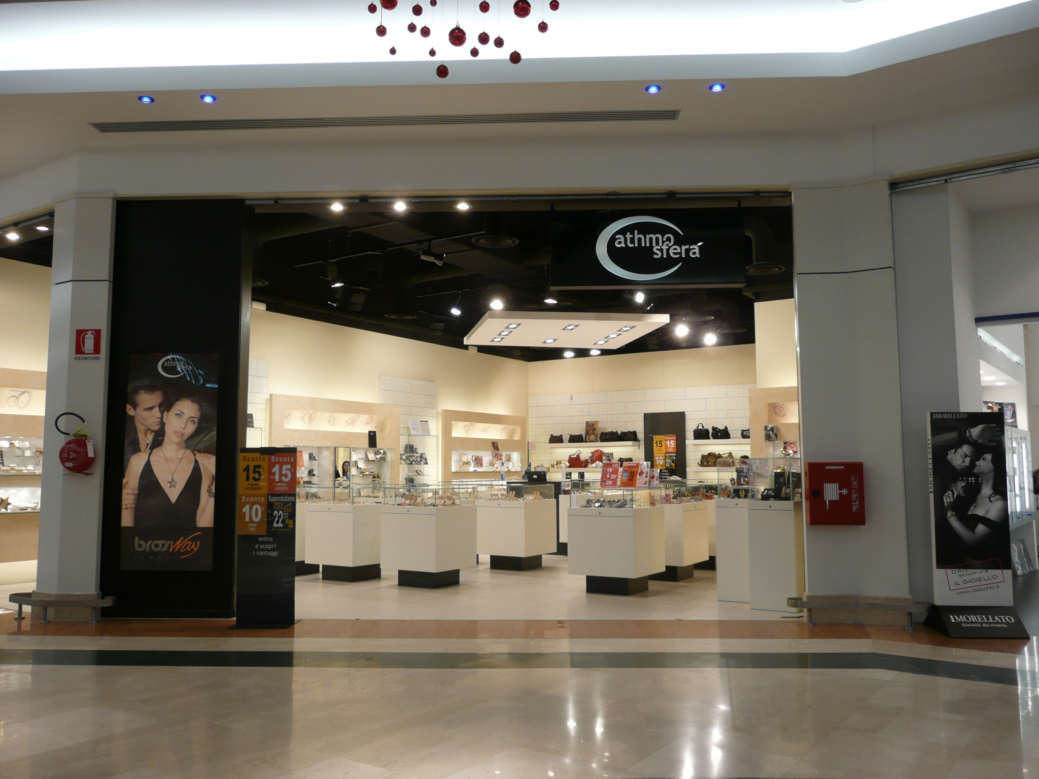 file gioielleria jewelry shop jpg wikimedia commons