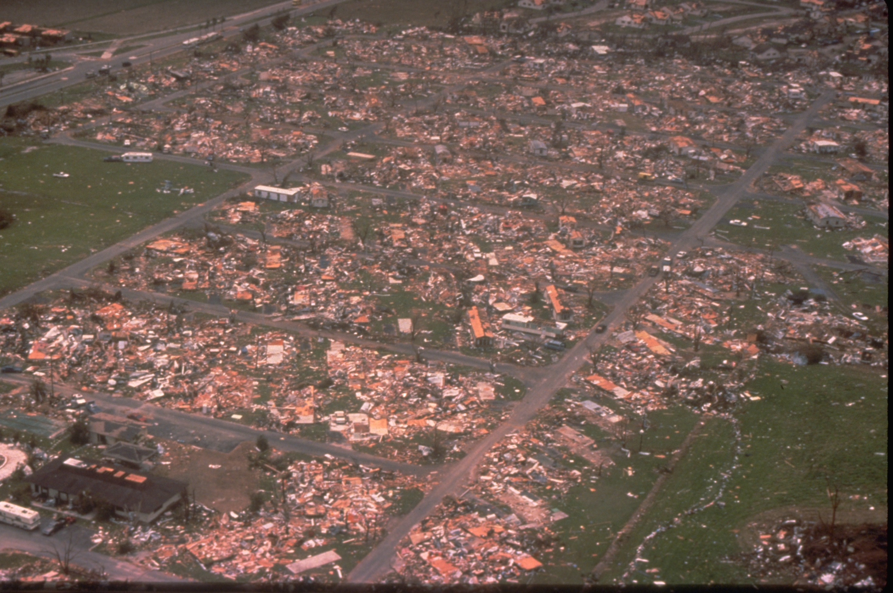Category 5 Tornado : A good read on the category hurricanes record in