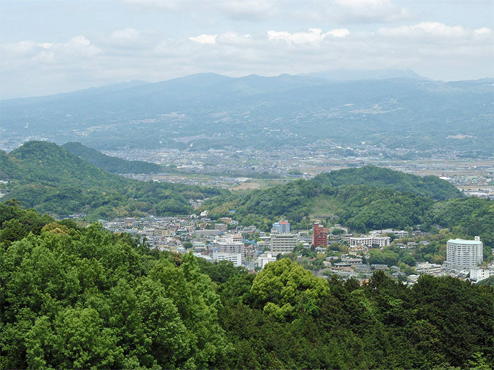 Izu-Nagaoka Onsen 20100518.jpg