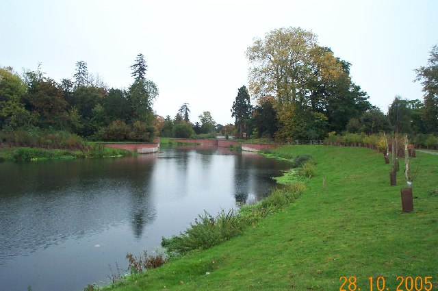 Jubilee River, Maidenhead - geograph.org.uk - 71700