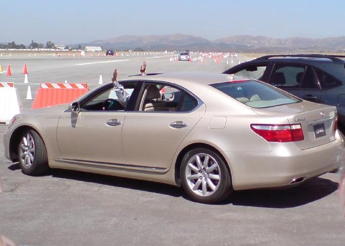 File Lexus Ls Automatic Parking Jpg