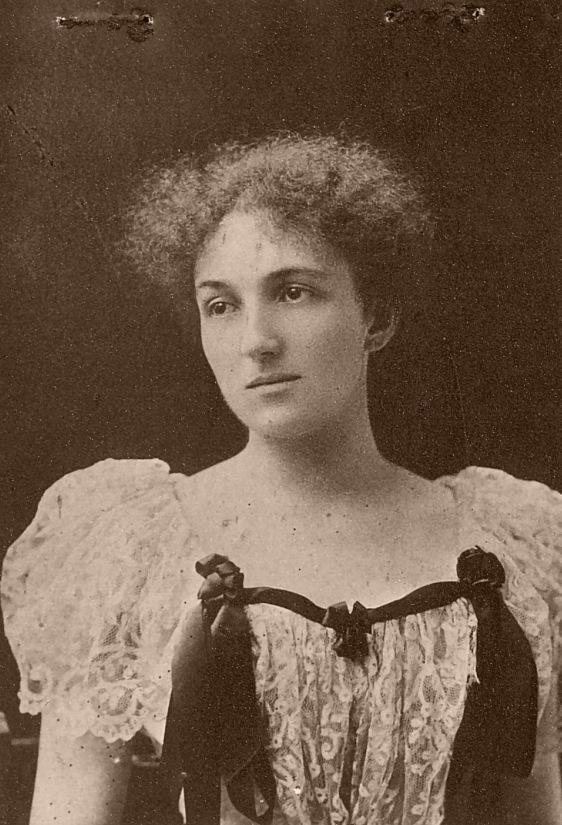 https://upload.wikimedia.org/wikipedia/commons/5/54/Mara_Belcheva.jpg