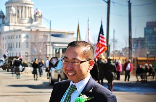 File:Mayor Allan Fung visits Providence.jpg
