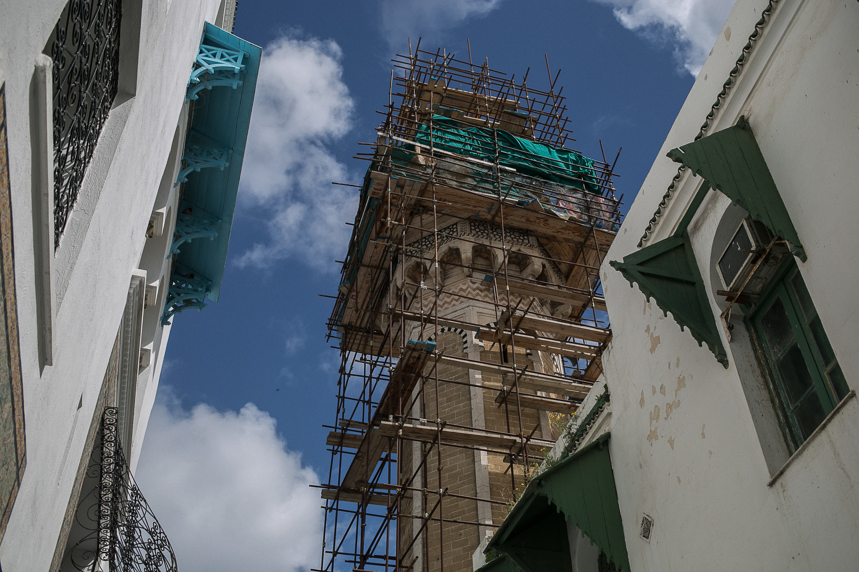 Minaret of the Hammouda Pacha Mosque under renovation.jpg Minaret of the Hammouda Pacha Mosque under renovation Date 27 March 2015, 08:42 Source Fórum
