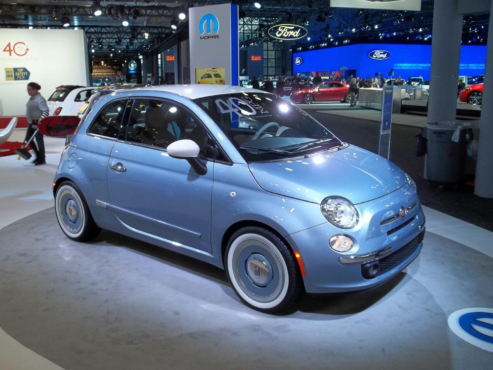 Mopar 2013 Blue Fiat 500