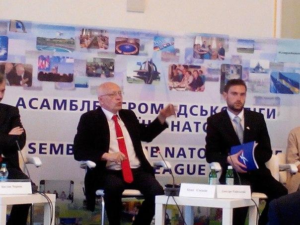 І сесія. Зліва направо: Олег Соскін, Дмитро Райський