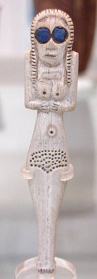 Naqada I (Egypt) female figure, c. 3700 BCE. Bone with Lapis inlay from Badakhshan. Naqada I bone figure.jpg