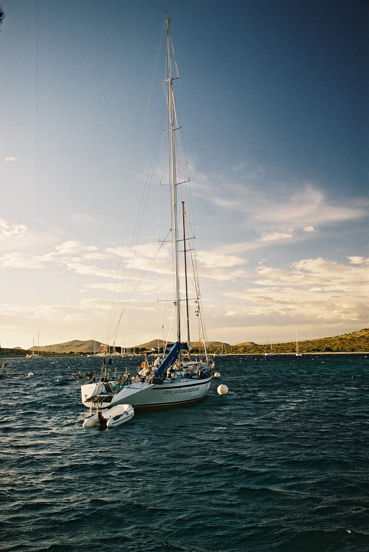 Burinė jachta
