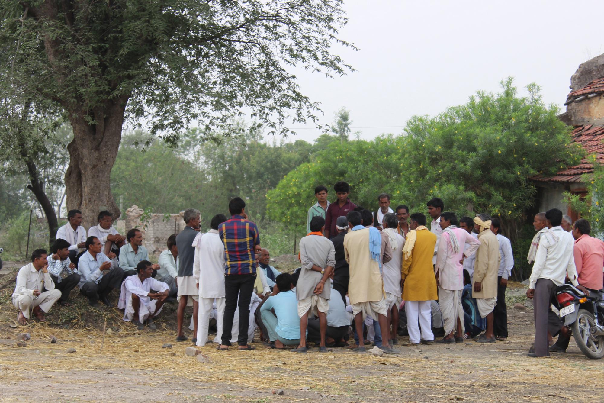 Caste panchayat - Wikipedia