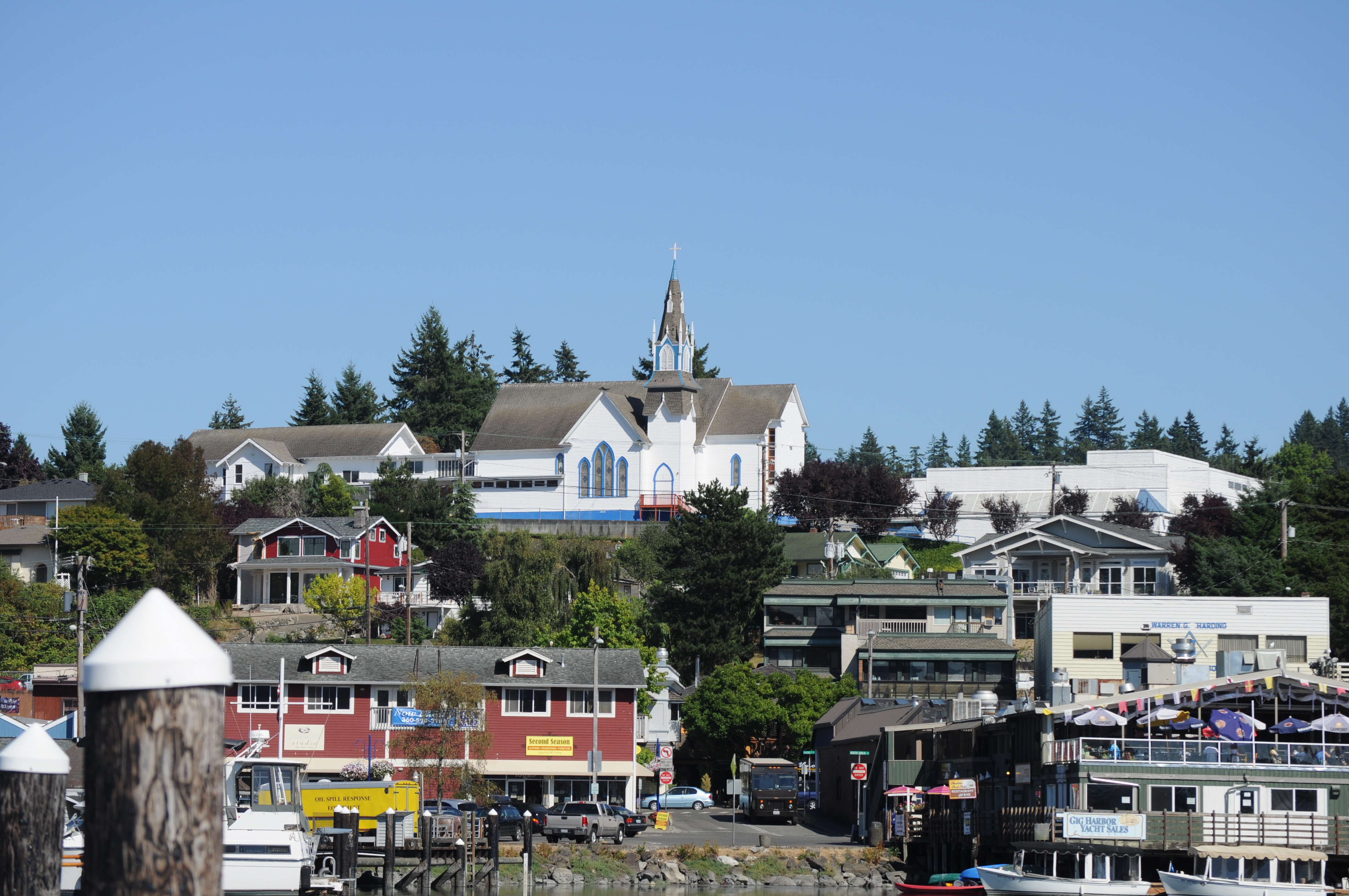 File:Poulsbo, WA from harbor 03.jpg - Wikimedia Commons