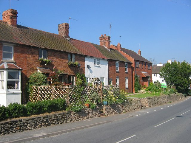 Row of cottages, Cleobury Mortimer. - geograph.org.uk - 53489