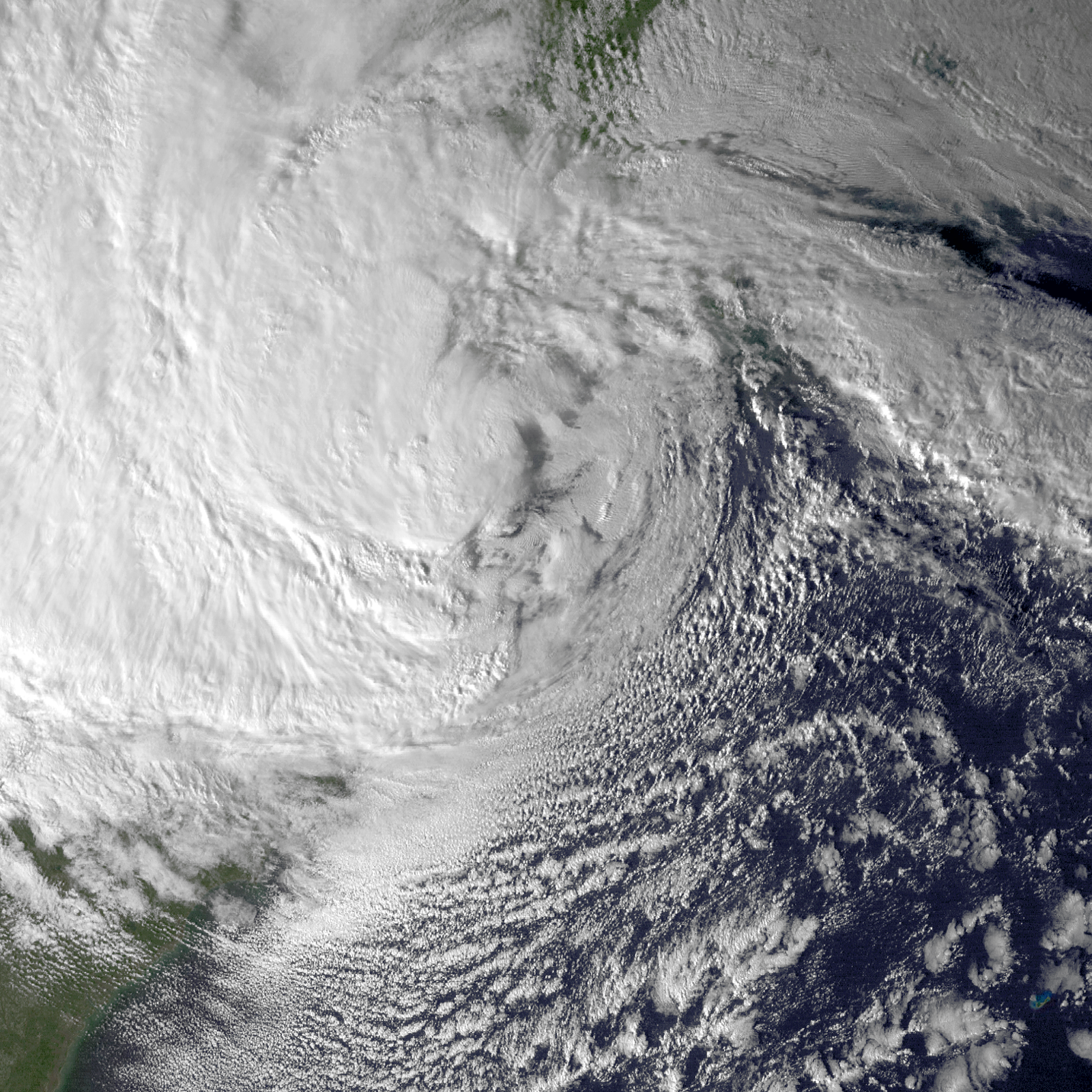 hurricane sandy and its effects Sandy was unleashing its wrath on new york city at the time, but the canadian hurricane centre said the impact of the weather system extended over a thousand.