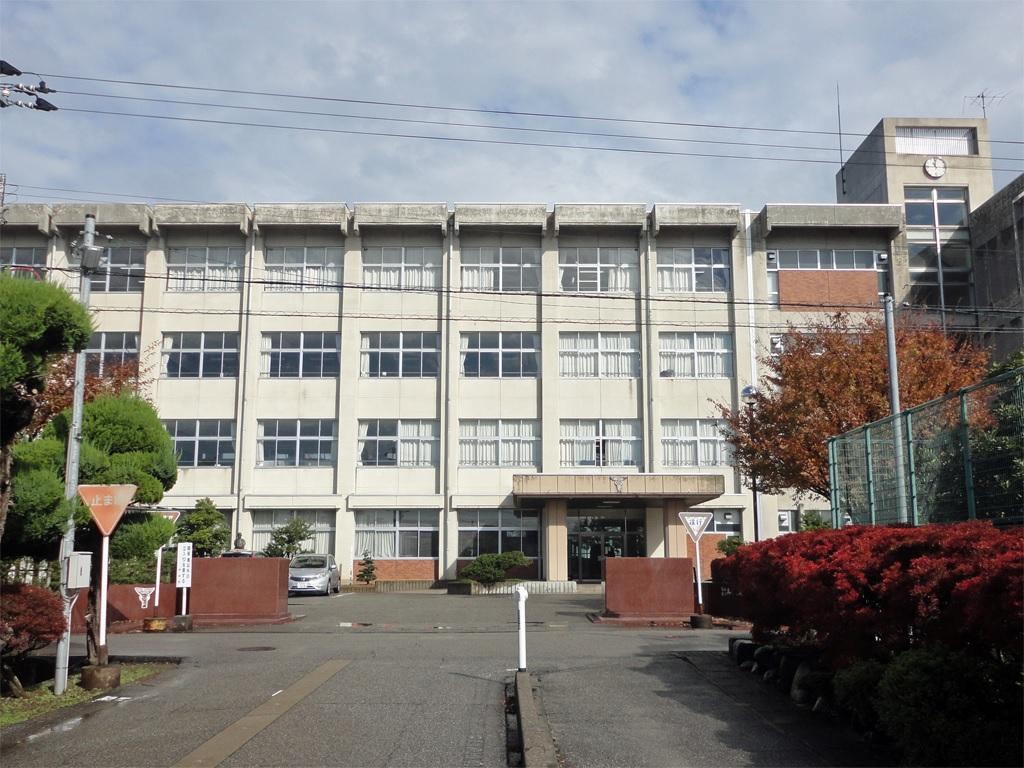 高岡商業高等学校