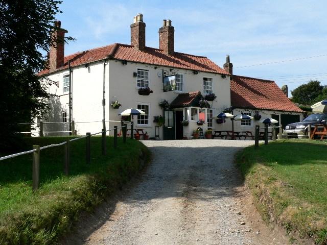 The Castle Inn, Sheriff Hutton - geograph.org.uk - 208988