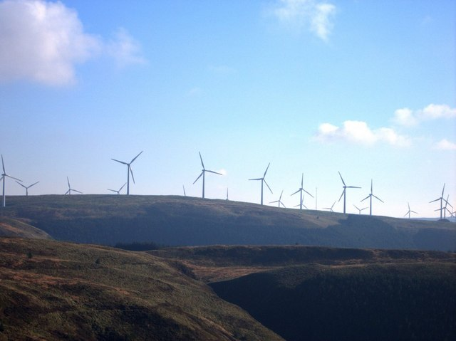 Պատկեր:View of Cefn Croes wind power station from Bwlch Helygen - geograph.org.uk - 274876.jpg