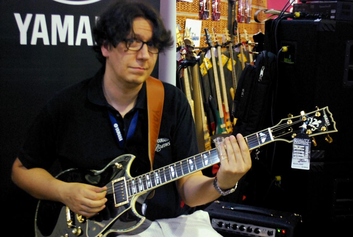 Yamaha Sbg Guitar