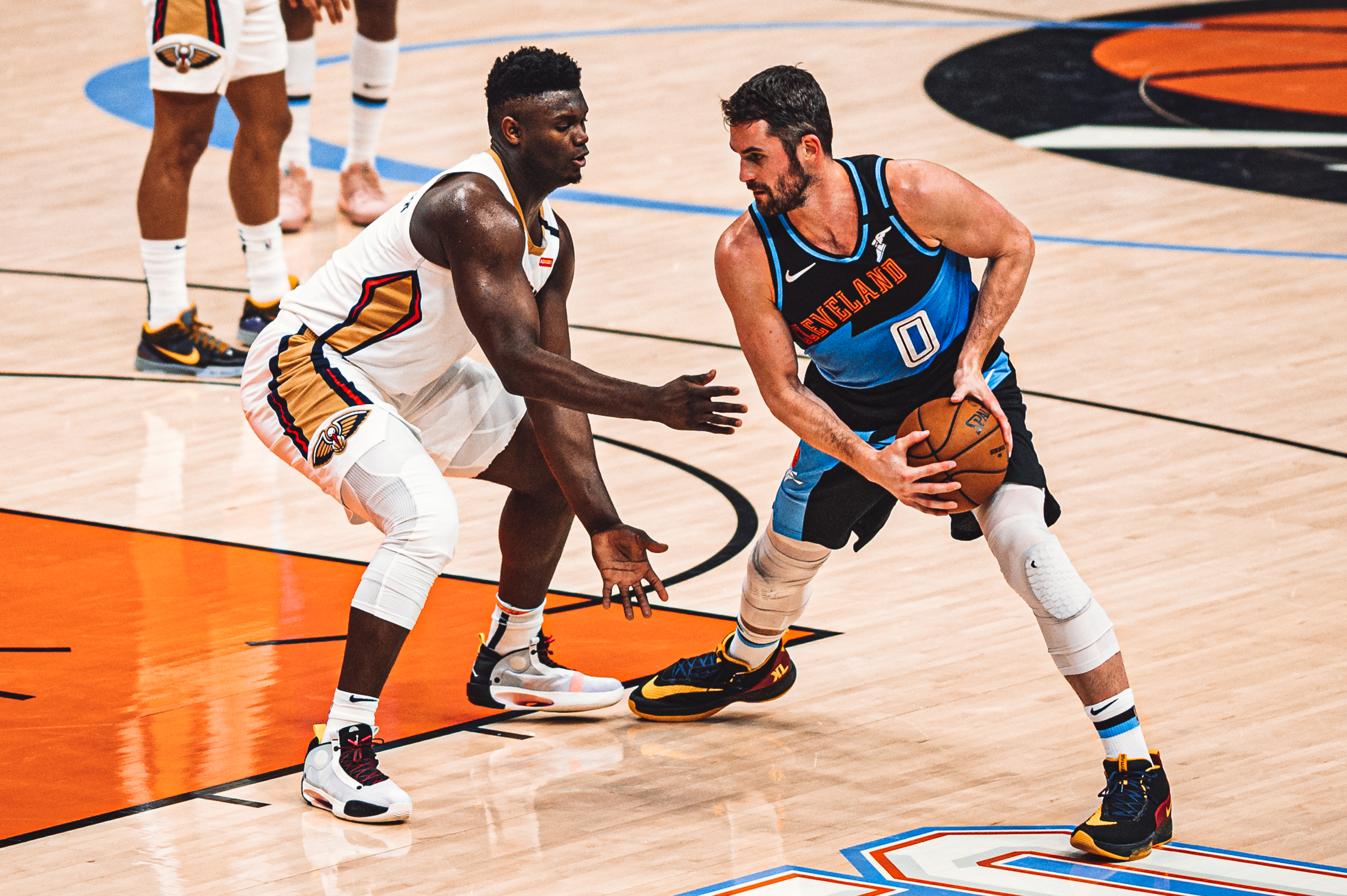 File:Zion Williamson and Kevin Love (49488363862).jpg