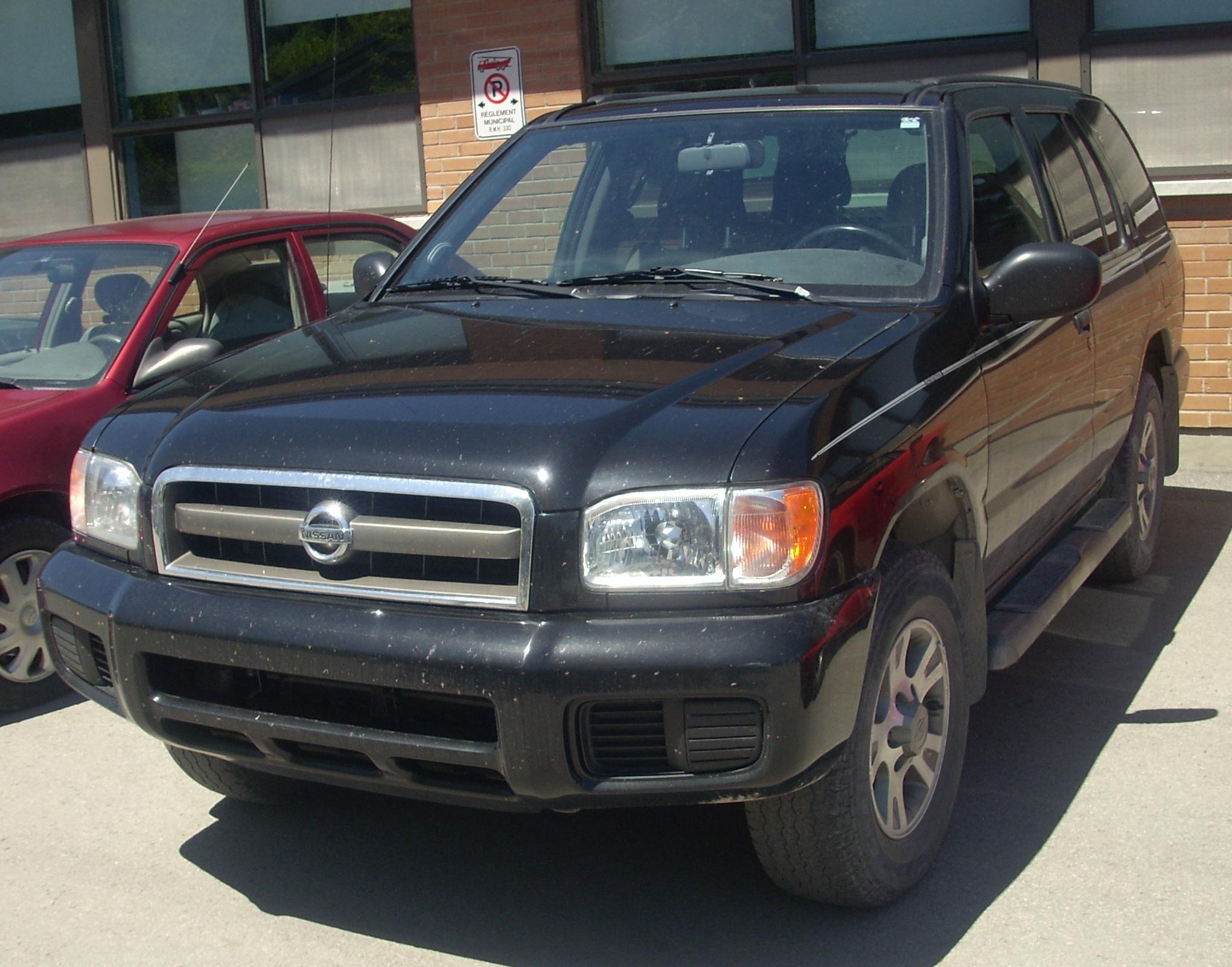File:'02-'04 Nissan Pathfinder (Hudson).JPG - Wikimedia Commons