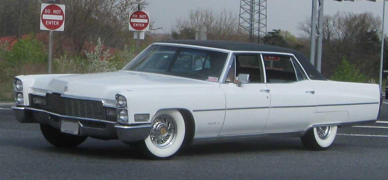 File 1960s Cadillac Sedan Jpg Wikimedia Commons