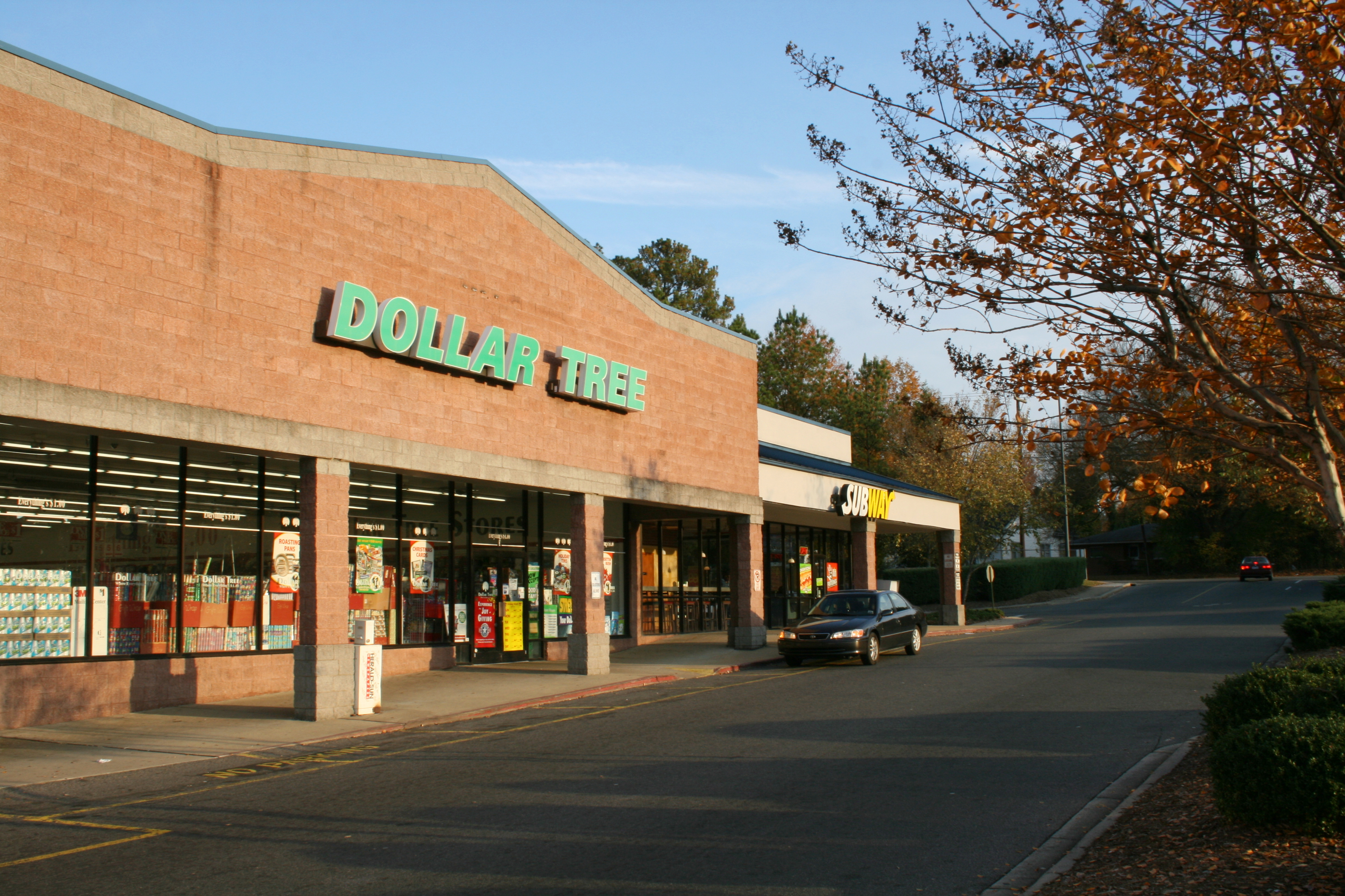 File 2008 11 12 Dollar Tree And Subway At Oxford Commons In Durham Wide Jpg