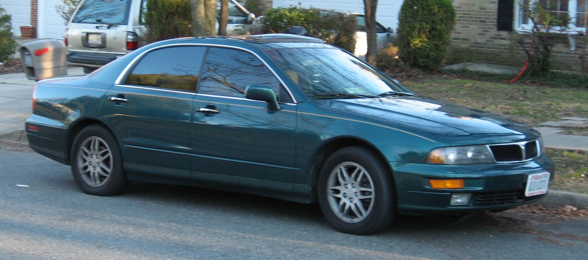 2002 Mitsubishi Diamante ES - Sedan 3.5L V6 auto