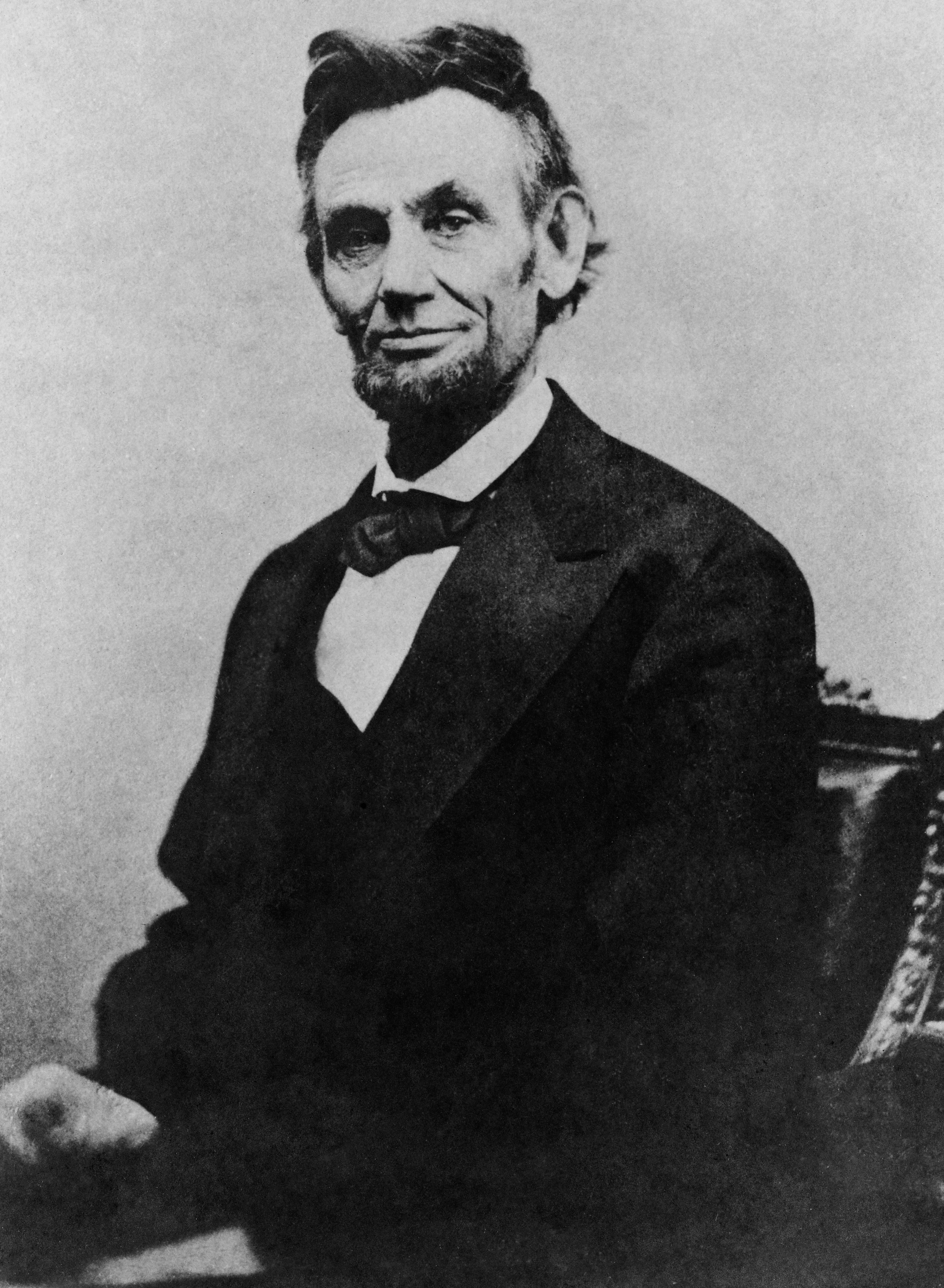 File:Abraham Lincoln half length seated, April 10, 1865