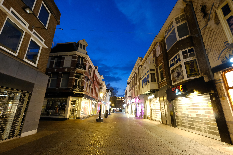 File:Achter Clarenburg in Utrecht (34278333315).jpg