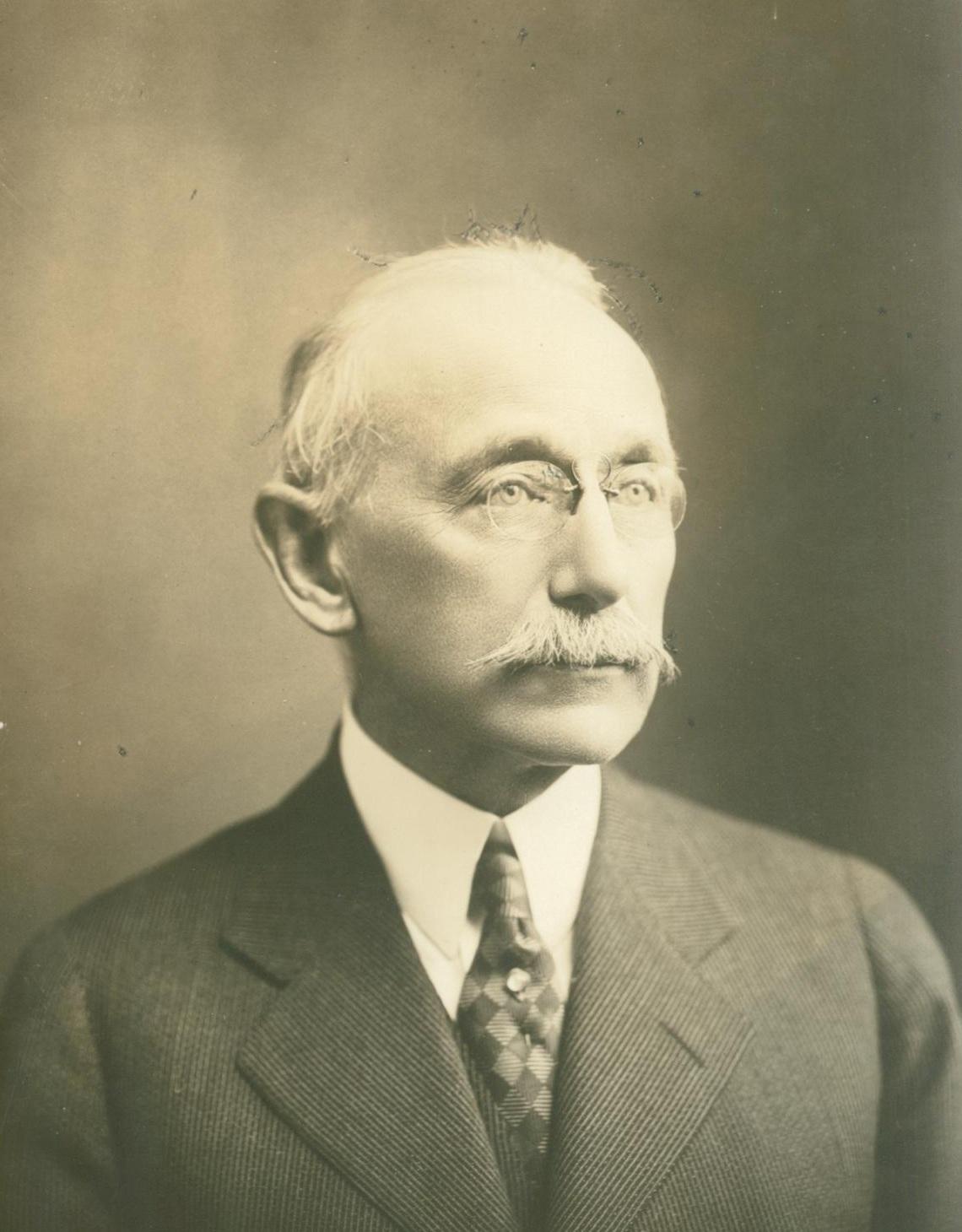 Alexander Crombie Humphreys - Wikipedia