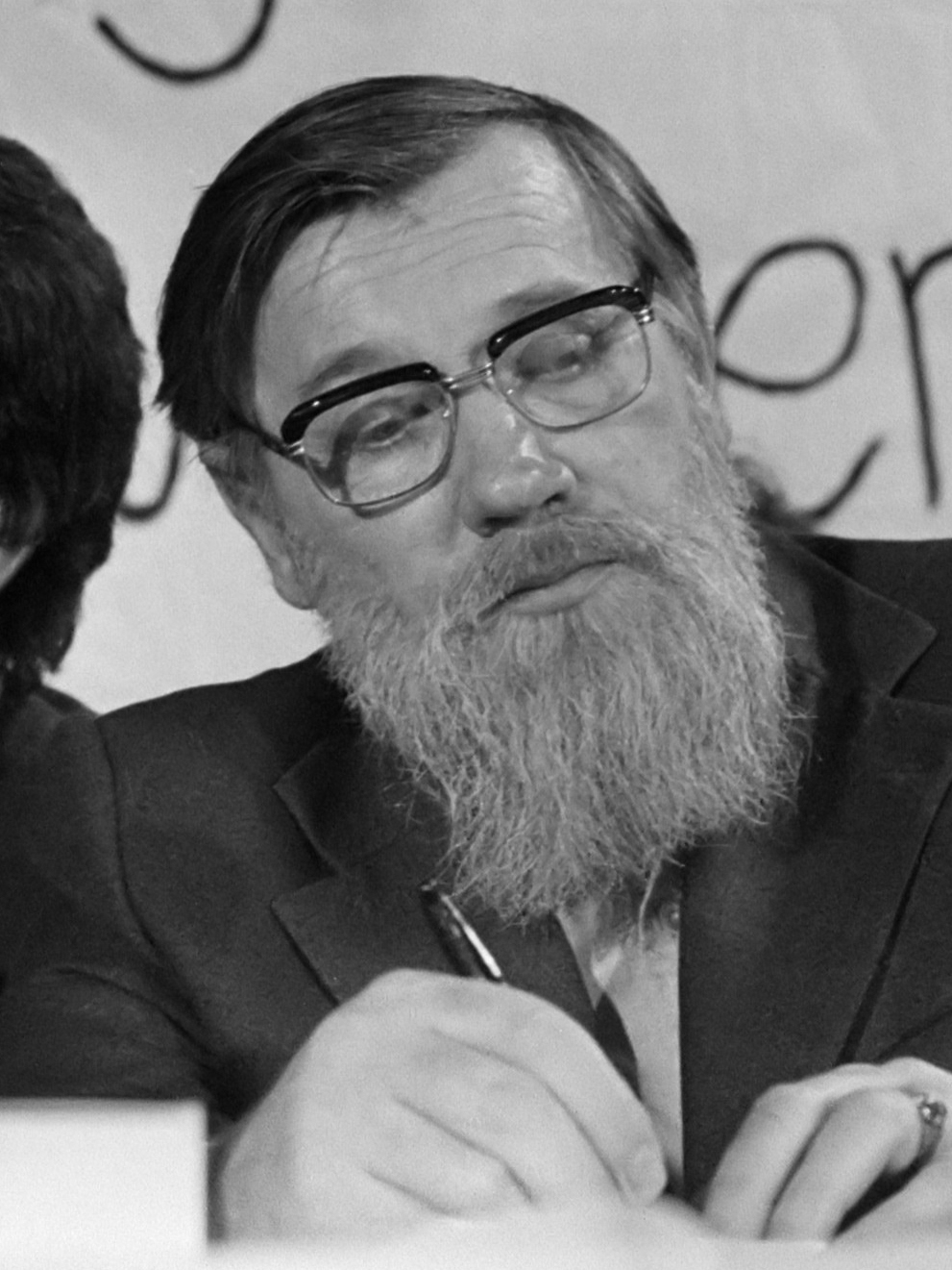 Poet Sergei Orlov: Biography and Creativity