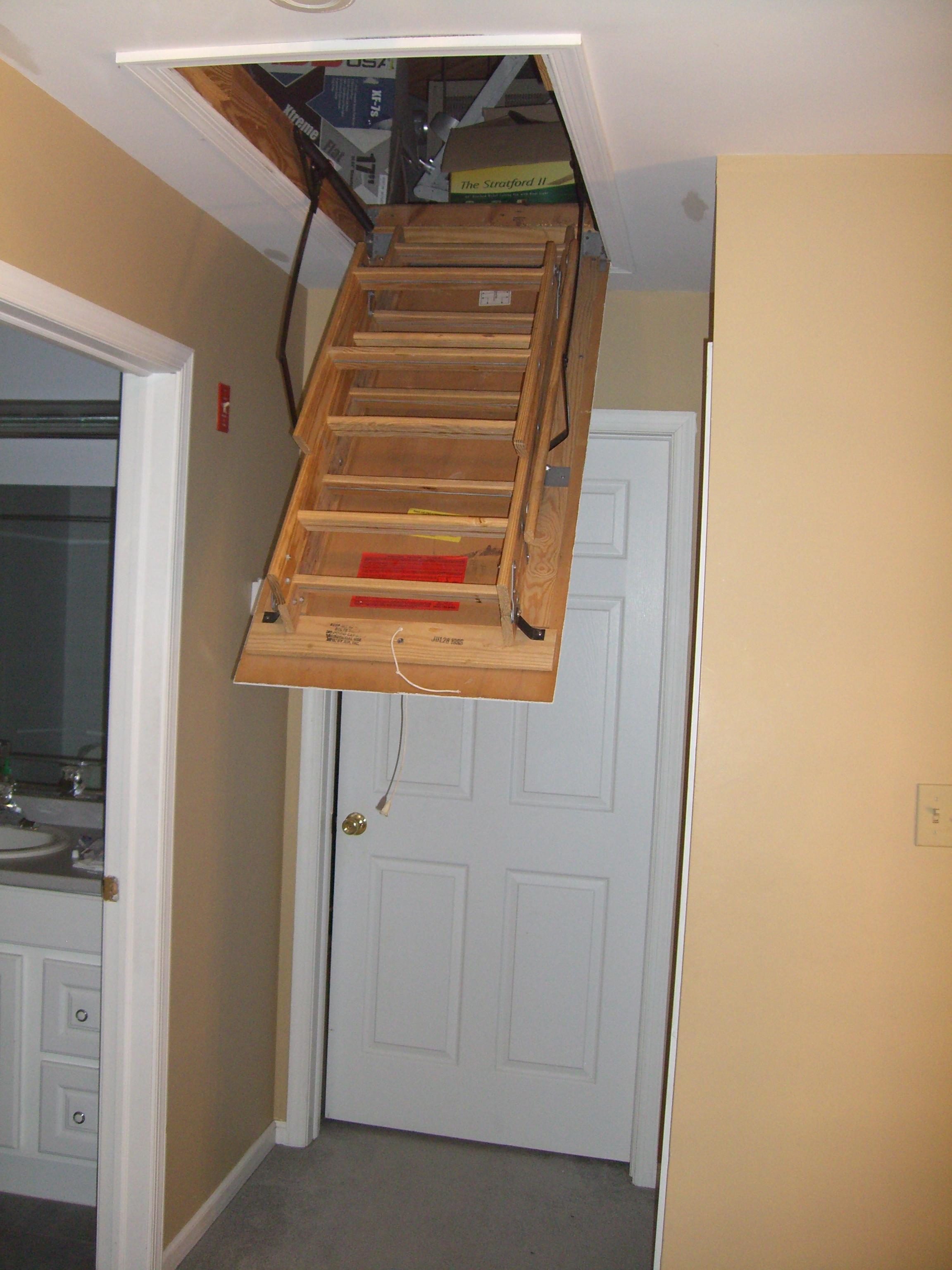File Attic Ladder Opening Jpg Wikimedia Commons