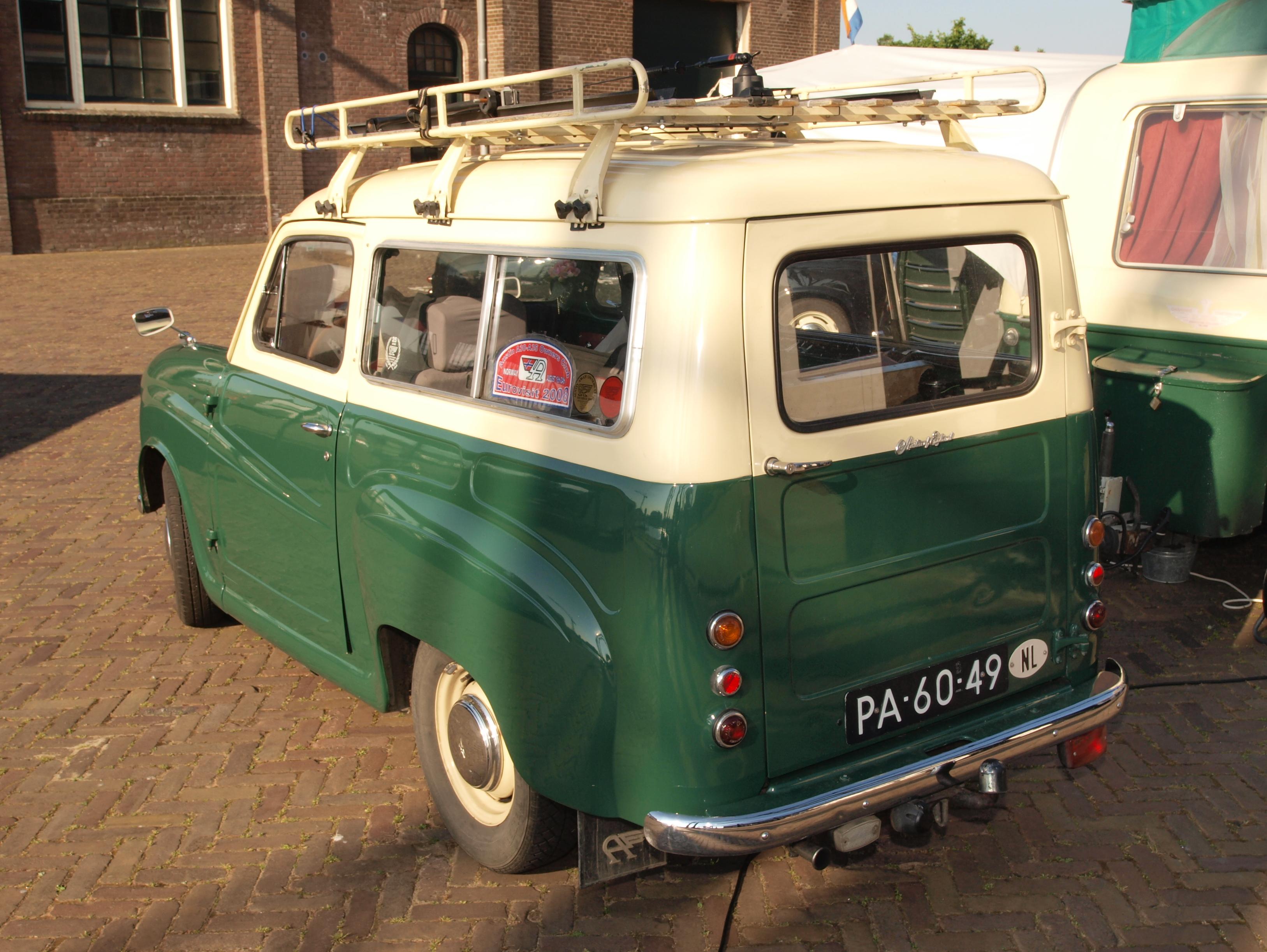 File:Austin A30 (1955), Dutch licence registration PA-60-49 pic1 ...