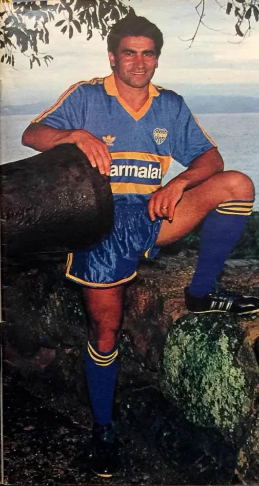 Acosta in Boca Juniors, January 1993