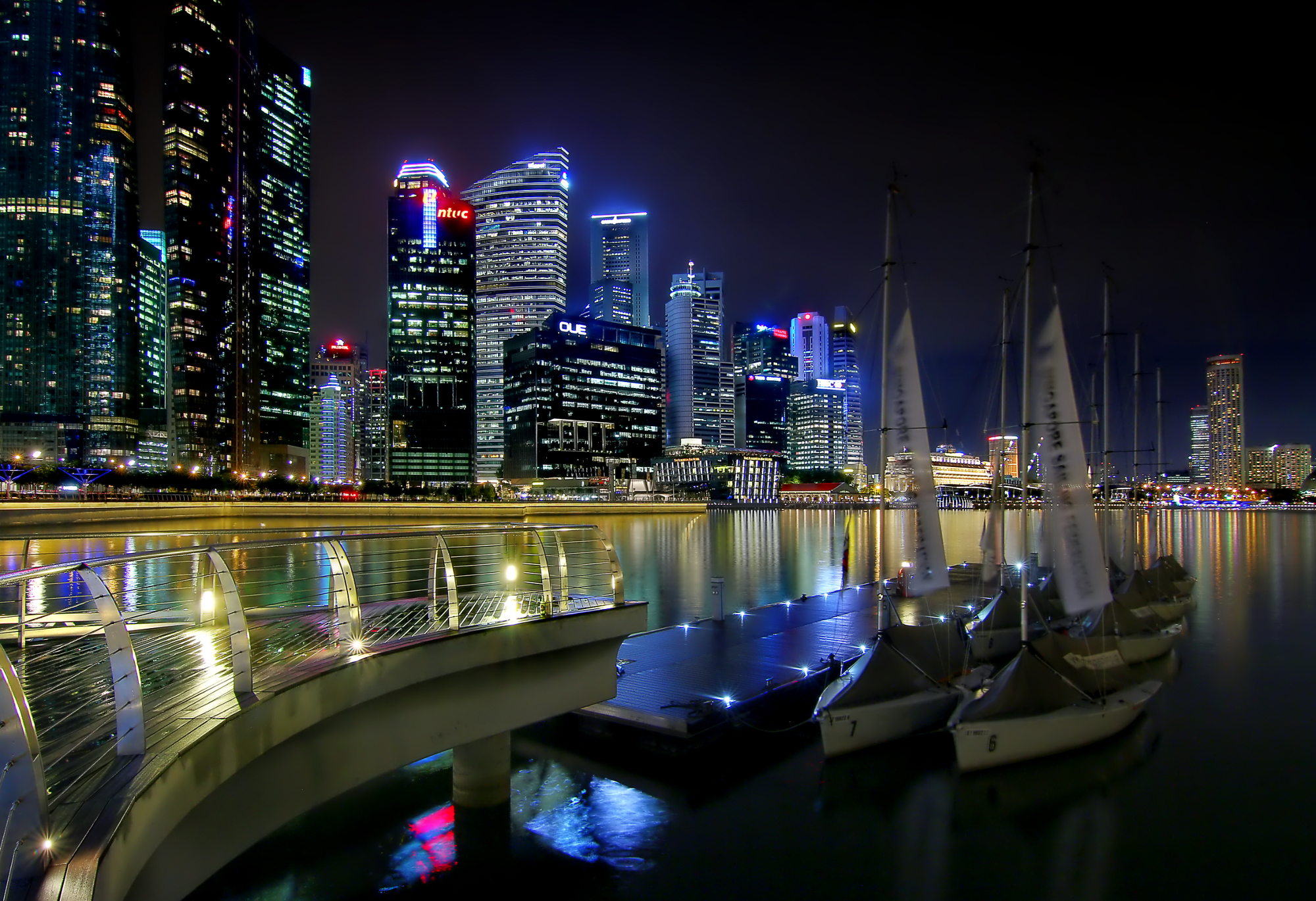 File:Boats at Marina Bay (8191487293).jpg - Wikimedia Commons
