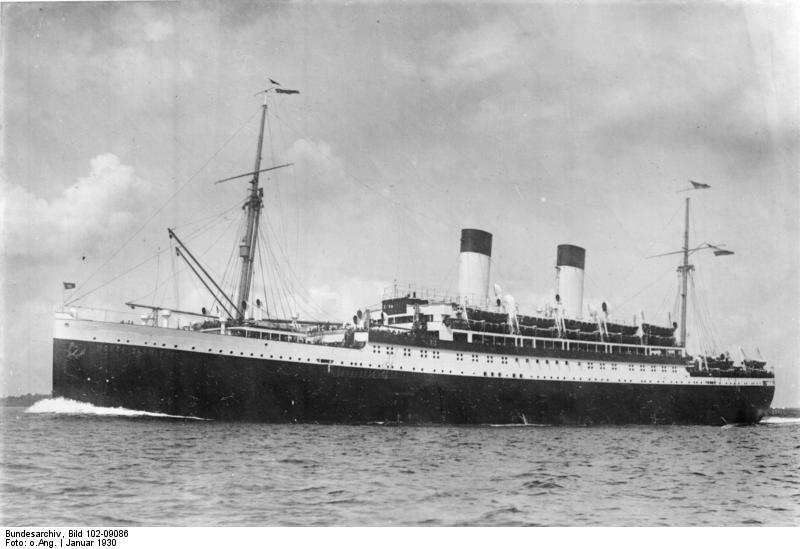 """Bundesarchiv Bild 102-09086, Passagierschiff """"Monte Cervantes"""".jpg"""