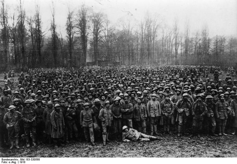 Ficheiro:Bundesarchiv Bild 183-S30568, Westfront, portugiesische Kriegsgefangene.jpg