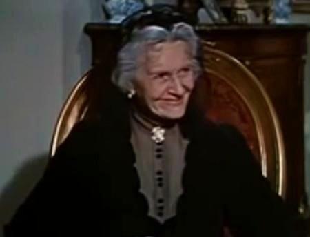 File Cathleen Nesbitt In An Affair To Remember Trailer Jpg Wikimedia Commons