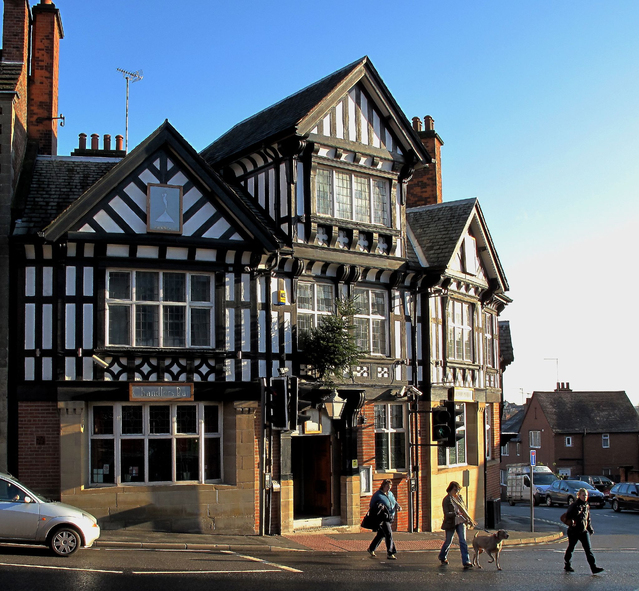 Description Chandlers Bar Chesterfield Jpg Images Frompo