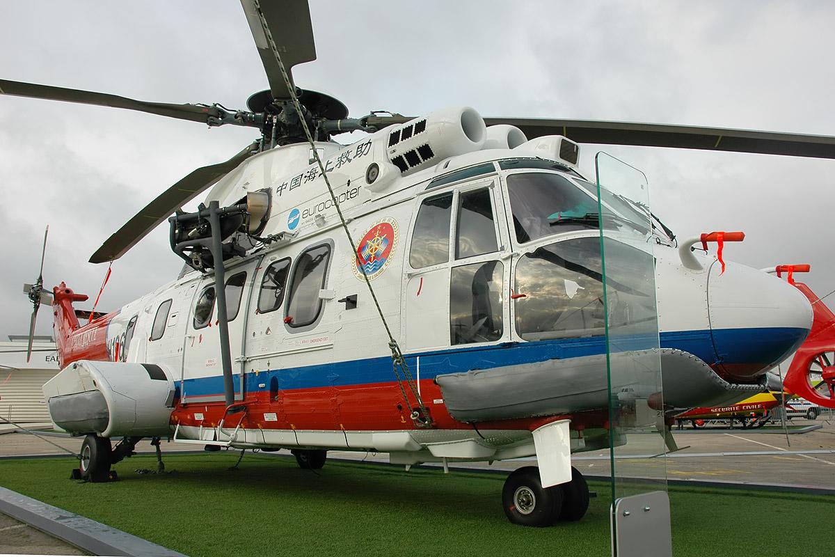 Probar Gracias por tu ayuda reflujo  File:Eurocopter EC-225 Super Puma MkII.jpg - Wikimedia Commons