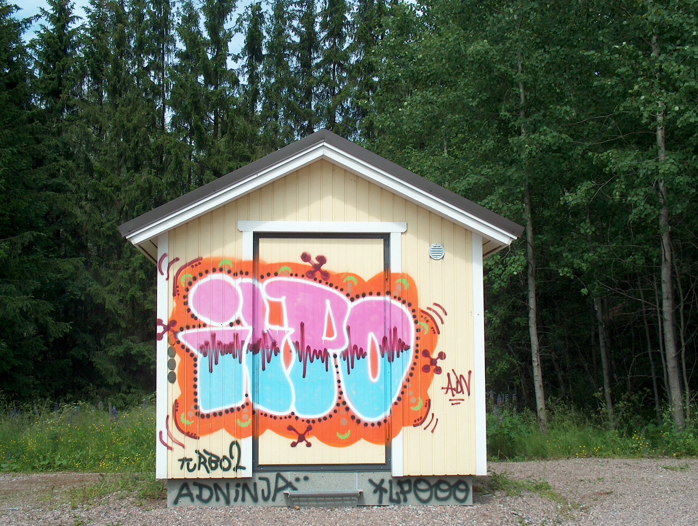 File:Graffiti in Kerava H5945 C - Wikimedia Commons