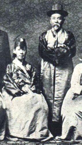 File:Hirobumi Ito as Governor of Korea cropped.jpg
