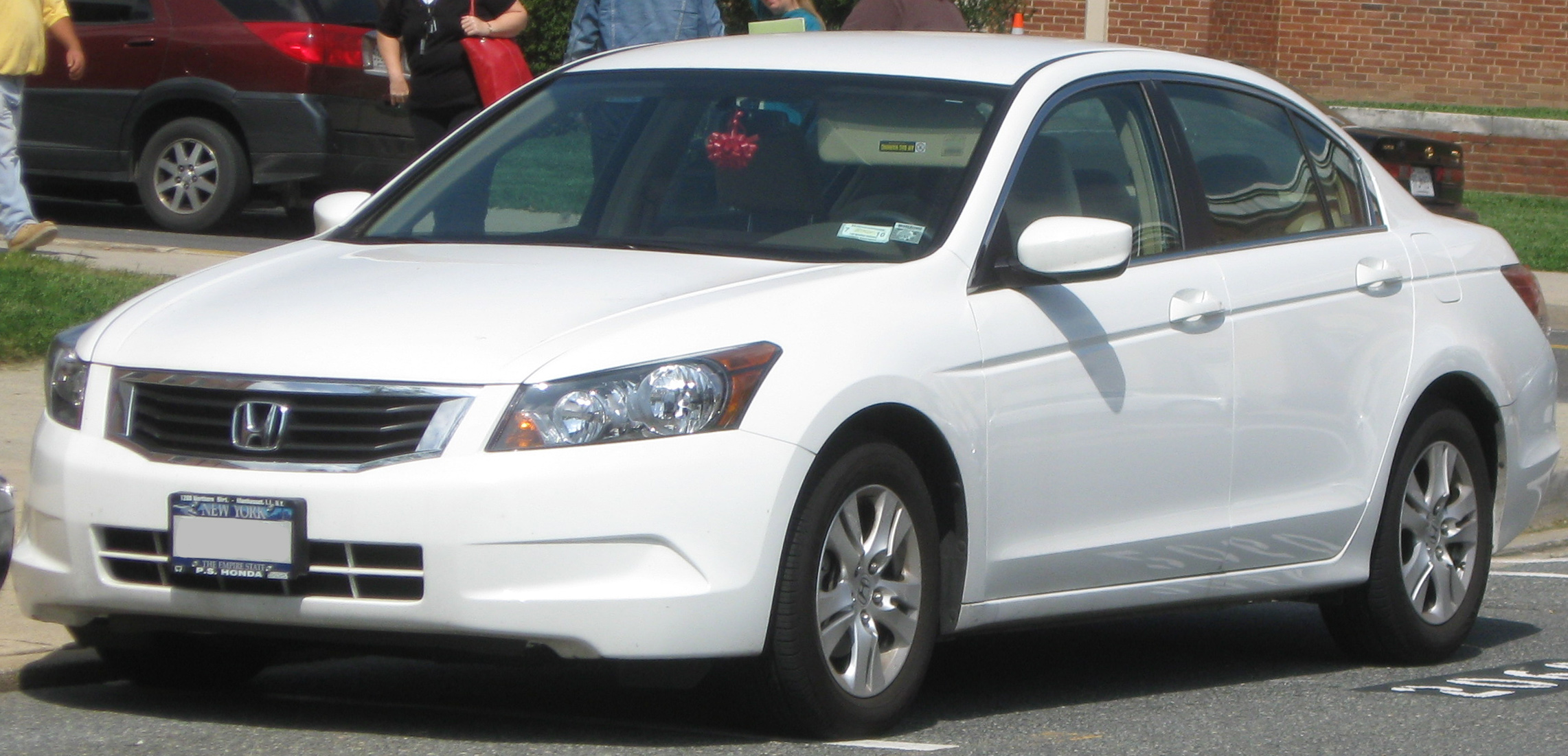 File Honda Accord Sedan 09 14 2009 Jpg