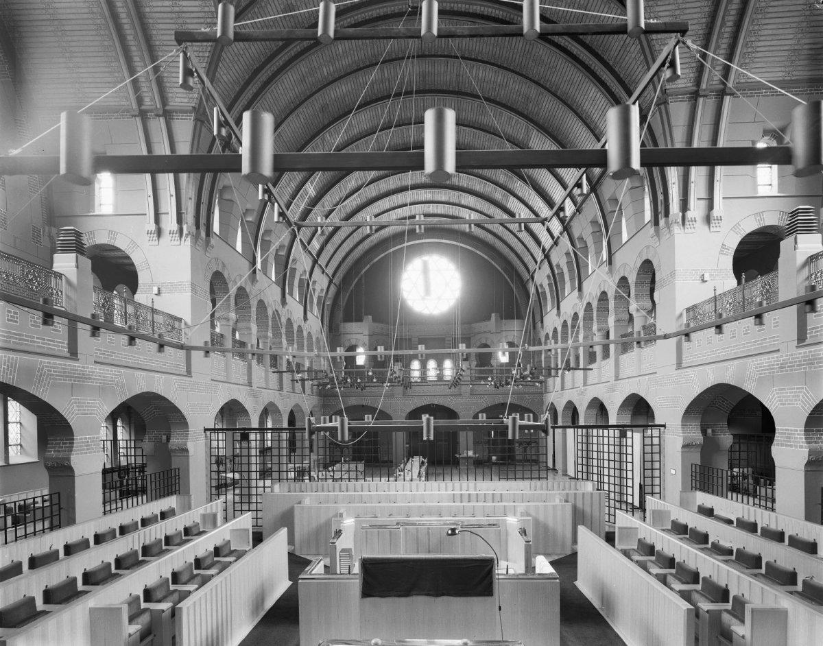 File:Interieur van de synagoge te Groningen - Groningen - 20093246 ...