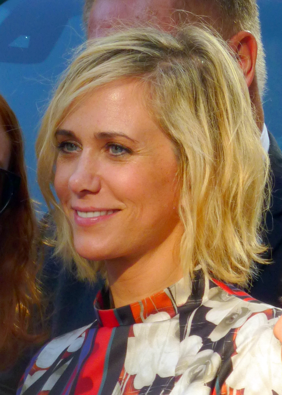 The 46-year old daughter of father (?) and mother(?) Kristen Wiig in 2020 photo. Kristen Wiig earned a million dollar salary - leaving the net worth at 16 million in 2020
