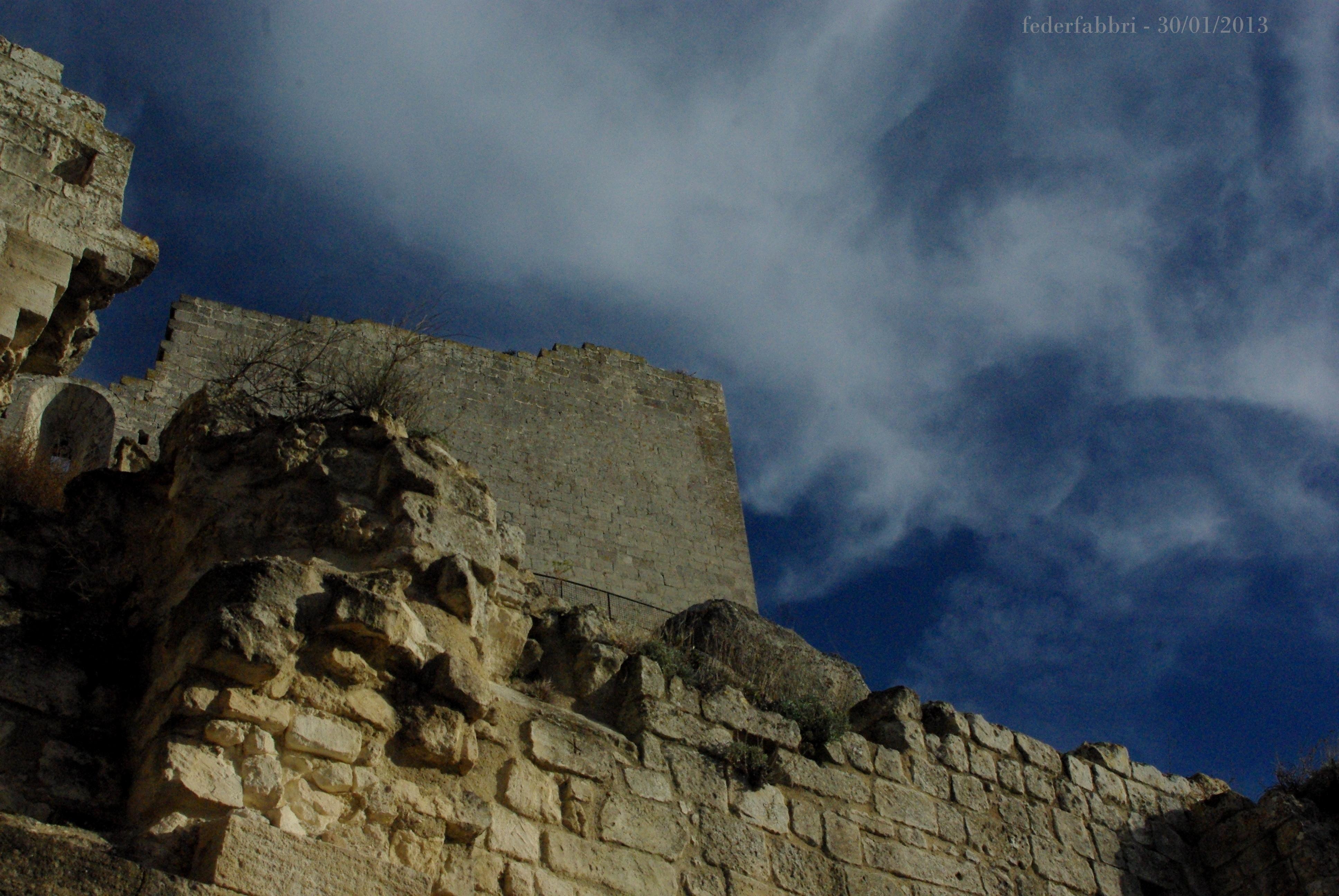 Un Chateau Dans Les Nuages file:le château et les nuages - wikimedia commons