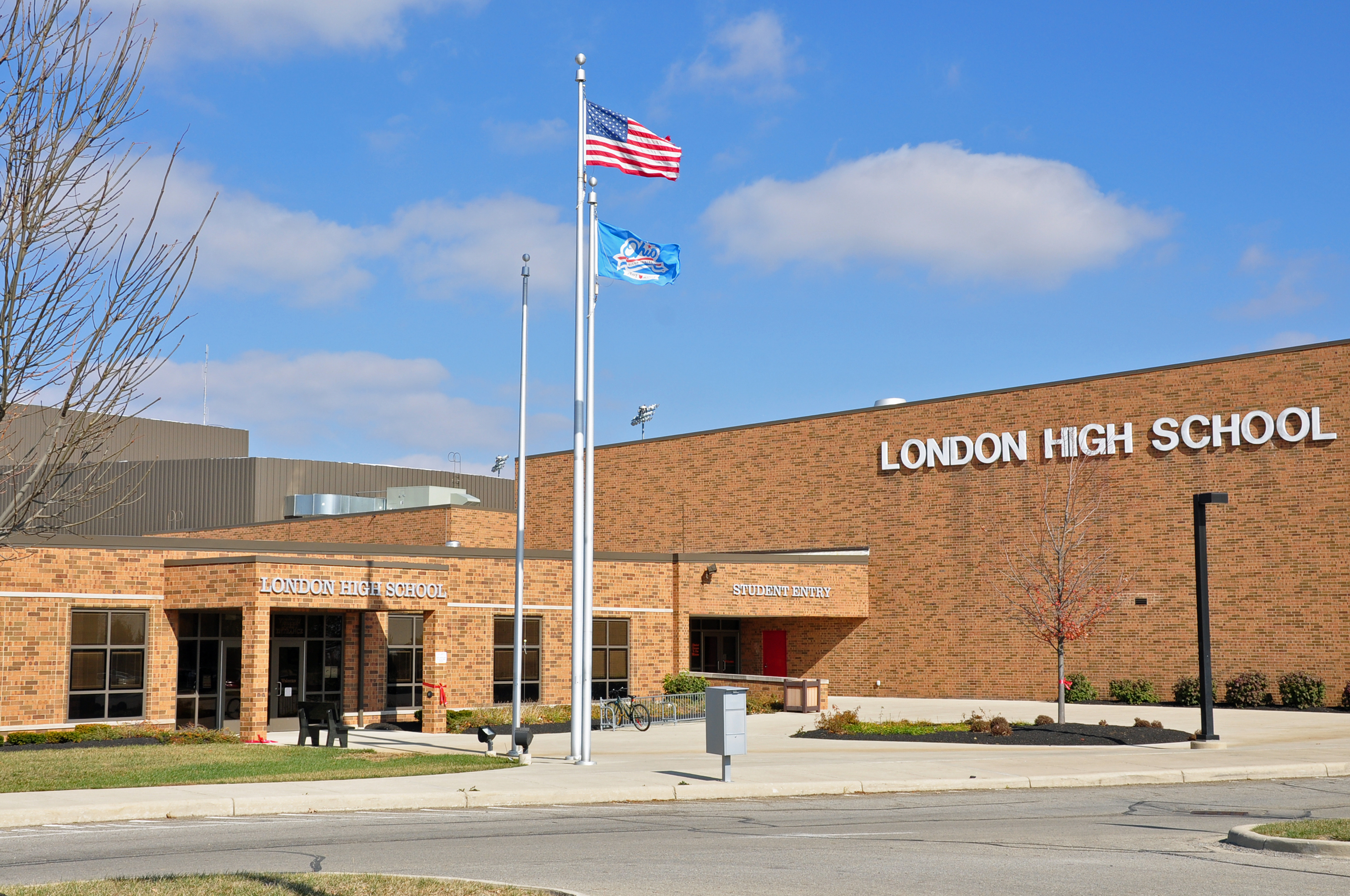 Description london high school - london ohio